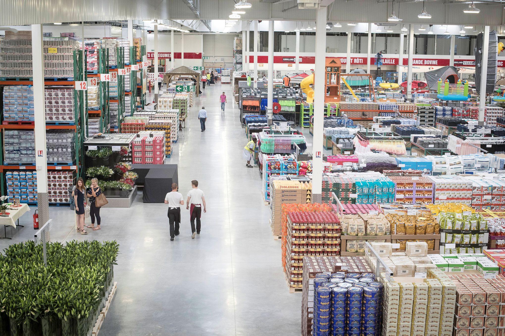 Le magasin géant Costco attire déjà les foules pour son inauguration