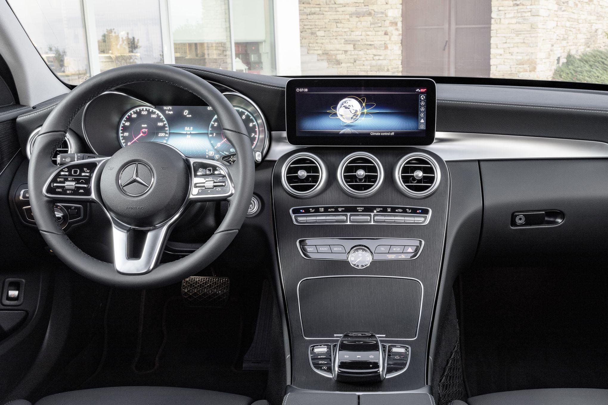 """Résultat de recherche d'images pour """"Mercedes Classe C berline et break : cure de jouvence de mi-carrière"""""""