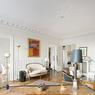 Autre valeur sûre, l'appartement familial offrant un bon rapport chambres/surfaces. Vendu 1.200.000 €, soit 9200 €/m², ce 130 m² dans le quartier de l'Elysée compte 3 chambres.