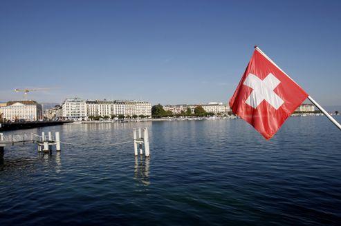 Sous couvert de tourisme,les agents du fisc français vérifient si une entreprise domiciliée en Suisse y est véritablement active ou s'il ne s'agit que d'une boîte aux lettres.