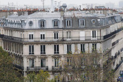 Vue aérienne, depuis la Place de la République, sur des immeubles parisiens.Jean-Christophe MARMARA / Le Figaro