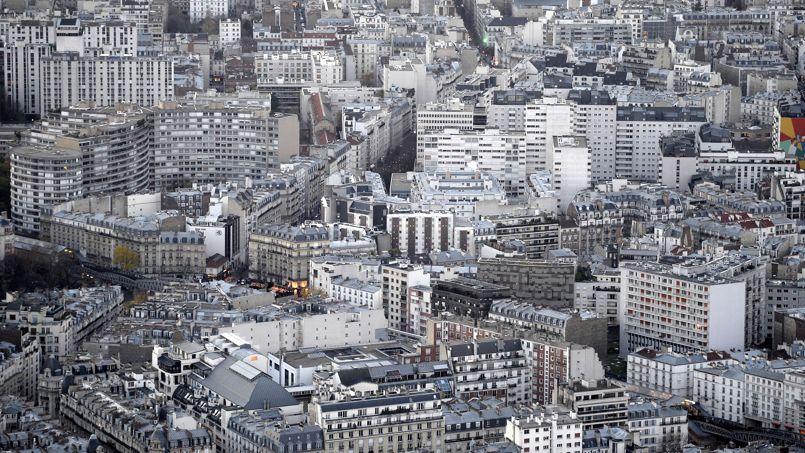 Avec un budget constant corrigé de l'inflation de 230.000euros, un acheteur peut aujourd'hui s'offrir un 27 m2 dans la capitale, contre 57 m2 quinze ans plus tôt.