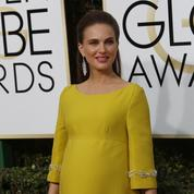 Natalie Portman pose très enceinte (et presque nue) pour