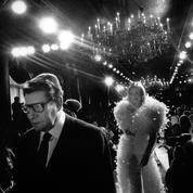 Mannequins, créateurs, people... 70 ans de défilés en photos