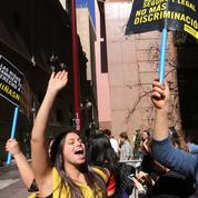 Le Chili dépénalise partiellement l'avortement