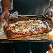 Kit à pizza, Salon du chocolat, ou polémique