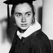 L'émouvante lettre de Hillary Clinton à l'étudiante qu'elle était