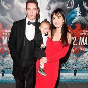Wolf, le bébé de Jonathan Rhys Meyers, fait sa première apparition sur le red carpet