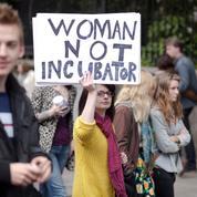 Un référendum sur l'avortement organisé fin mai en Irlande
