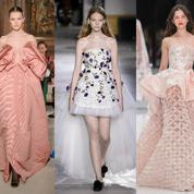 Plumes et transparence (dés)habillent les robes de rêve de la couture