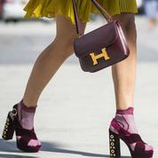 Les chaussettes dans les sandales: le combo à adopter en hiver comme en été