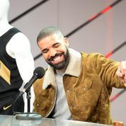 Le rappeur Drake offre 1 million de dollars de cadeaux à des habitants de Miami