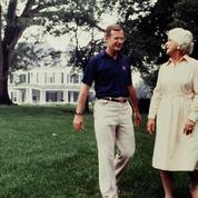 Barbara et George H. W. Bush, 73 ans de mariage