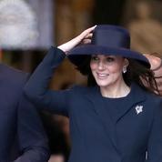 Tea time, massage, champagne… À quoi va ressembler l'accouchement de Kate Middleton ?