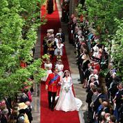 Stars et couronnes : les compositions florales des mariages les plus fastueux