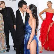 Pierce Brosnan embrasse fougueusement sa femme à l'AmfAR 2018