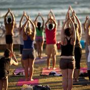 Ces événements yoga gratuits à ne pas rater dans quatre grandes villes de France