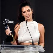 Kim Kardashian West, l'influenceuse la moins vêtue récompensée aux CFDA Fashion Awards 2018