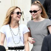 Vanessa Paradis et Lily-Rose Depp partagent un moment mère-fille chez Chanel