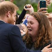 À Melbourne, le prince Harry fait fondre en larmes une fan