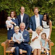 Pourquoi Elizabeth II n'était pas sur la photo de famille des 70 ans du prince Charles