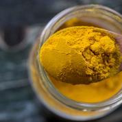 Le curcuma, épice longévité : pourquoi et comment le consommer ?