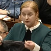 L'Irlande en colère : le string d'une victime de viol utilisé comme