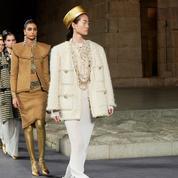 Le défilé de la collection Chanel Métiers d'Art 2019 de Karl Lagerfeld invite l'Égypte à New York