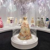 Maria Grazia Chiuri nous raconte l'exposition Dior à Londres