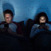 Les trentenaires d'aujourd'hui font-ils moins l'amour que leurs parents au même âge ?