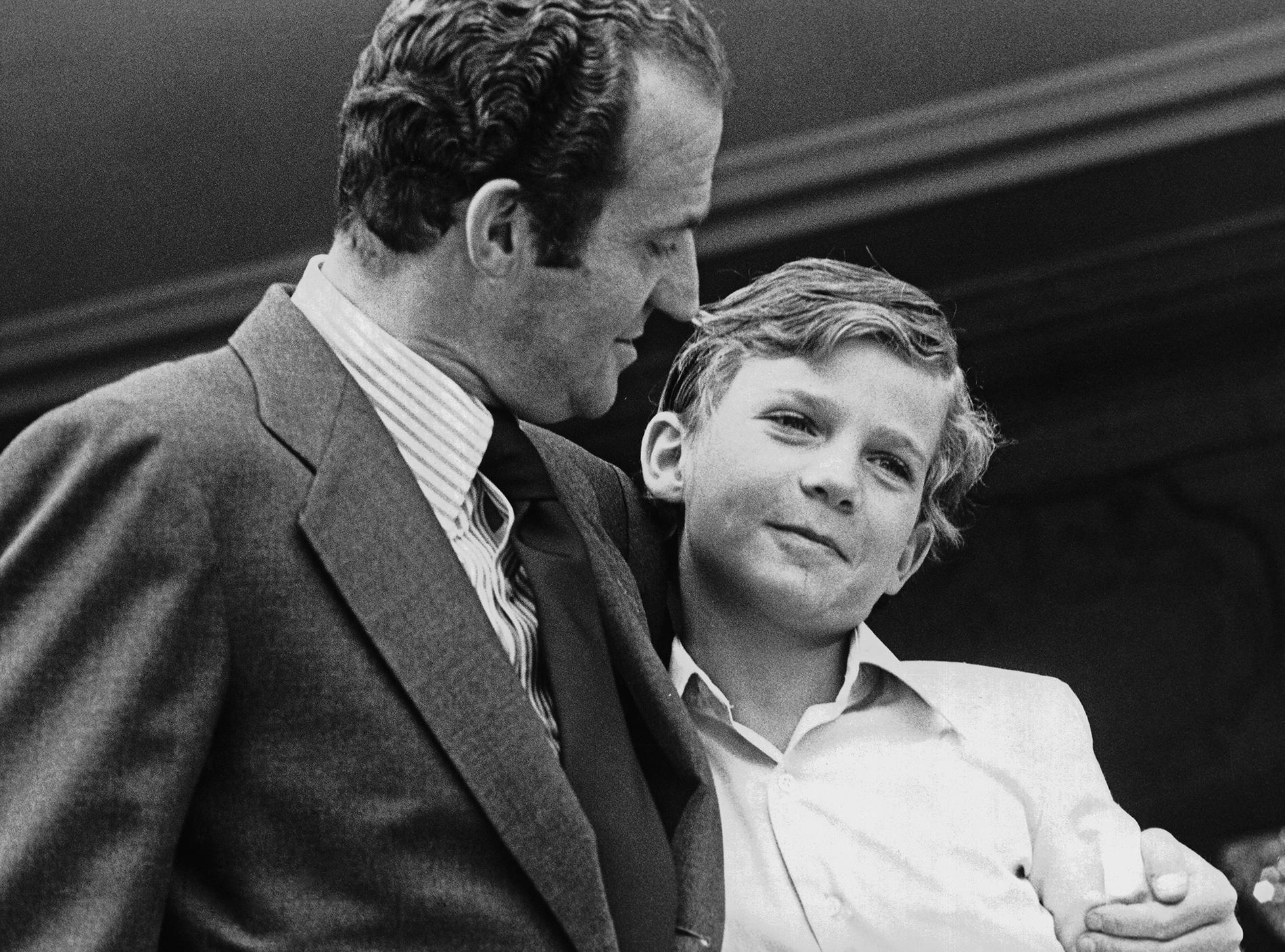 Le roi Juan Carlos et son fils Felipe