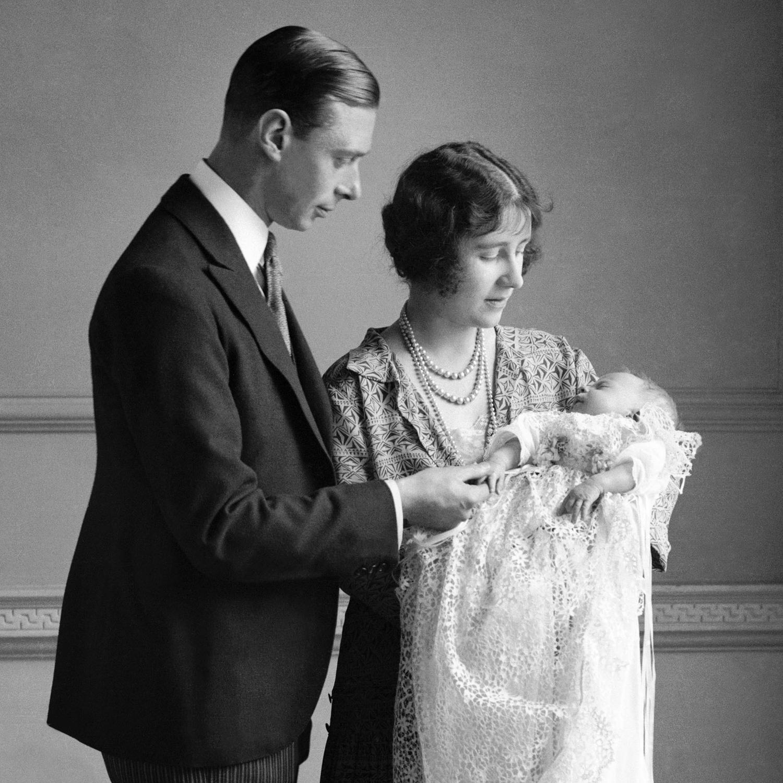 Elizabeth II ne fêtera pas son jubilé de saphir - photo 1