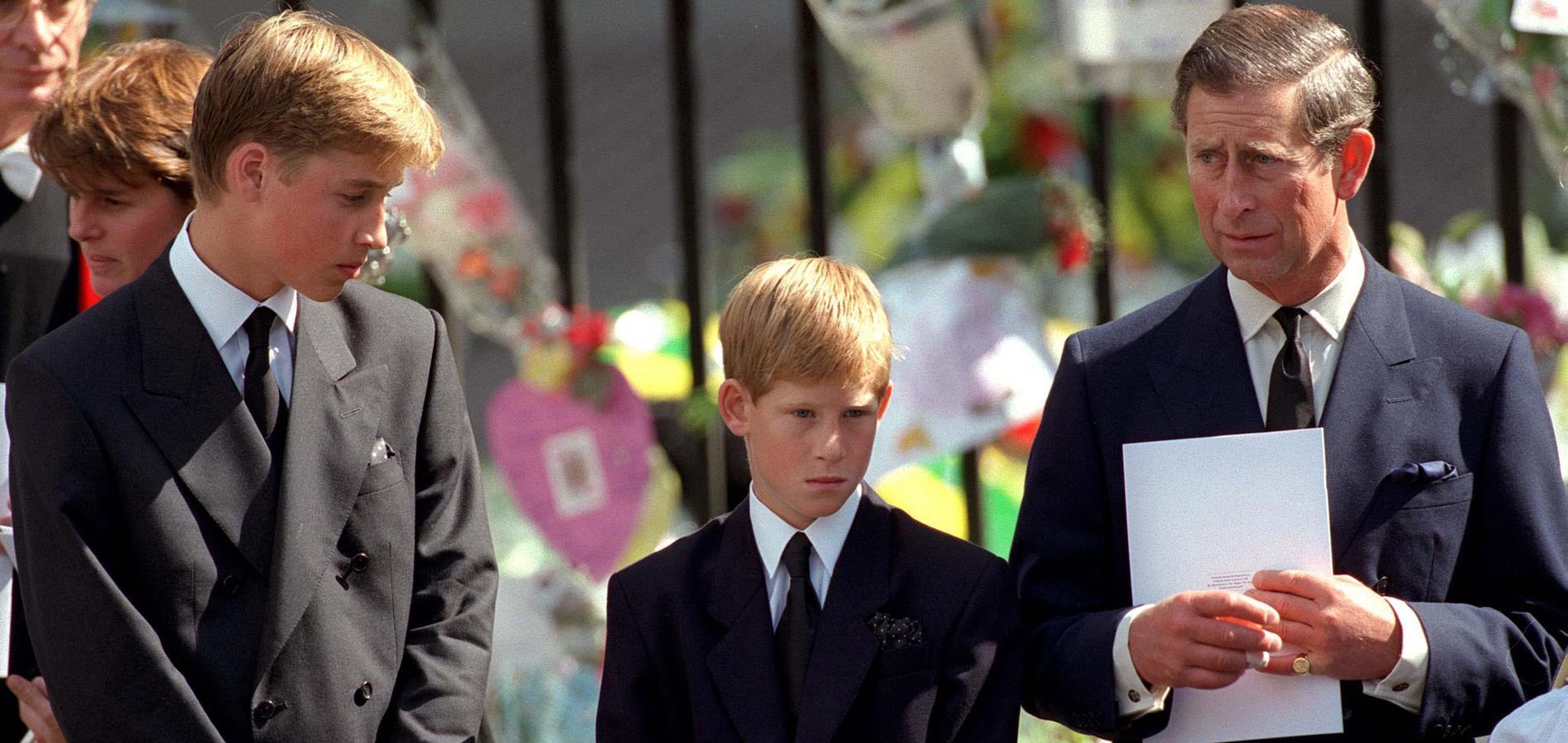 Les princes Charles, William et Harry aux funérailles de Lady Diana