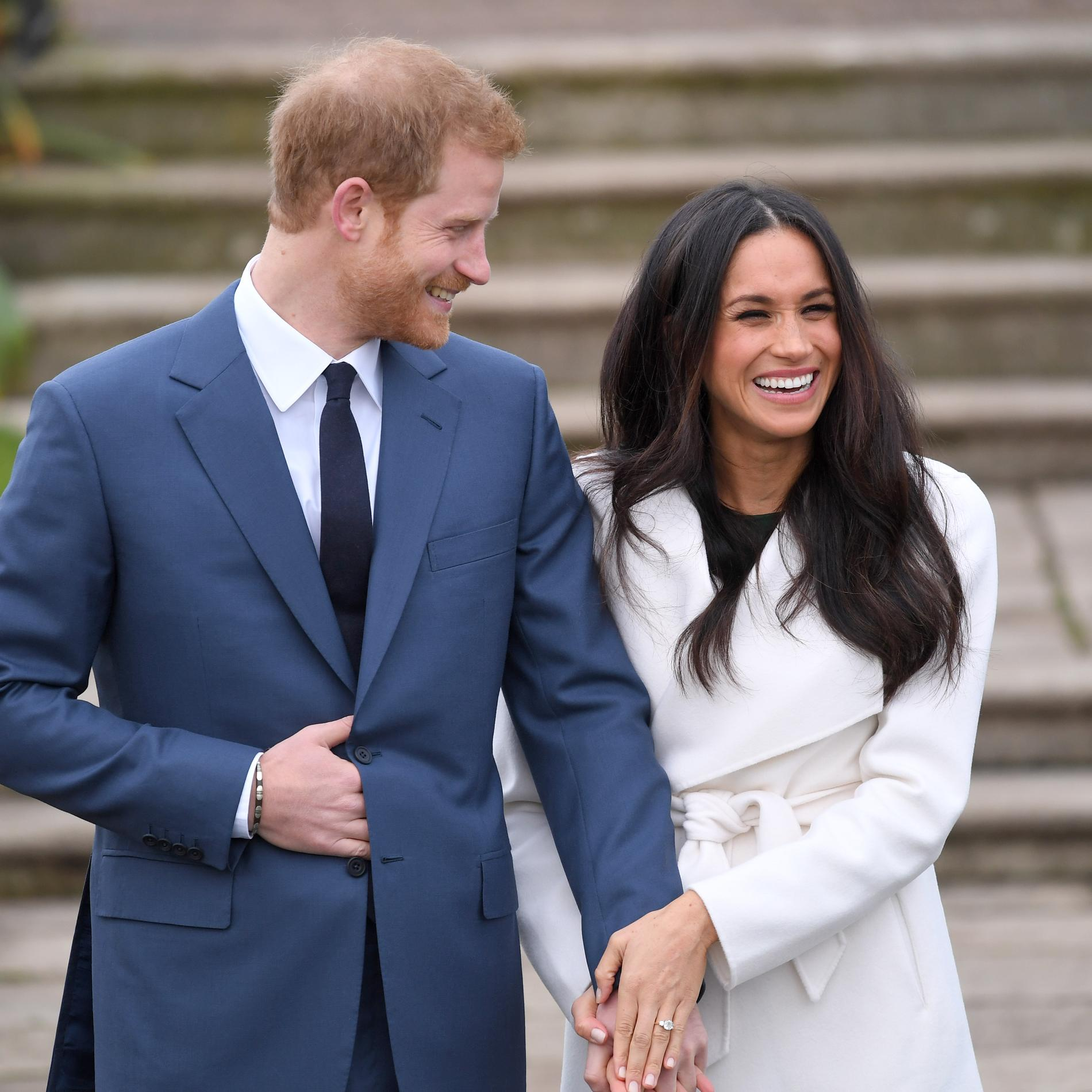 Le prince Harry et Meghan Markle officialisent leurs fiançailles