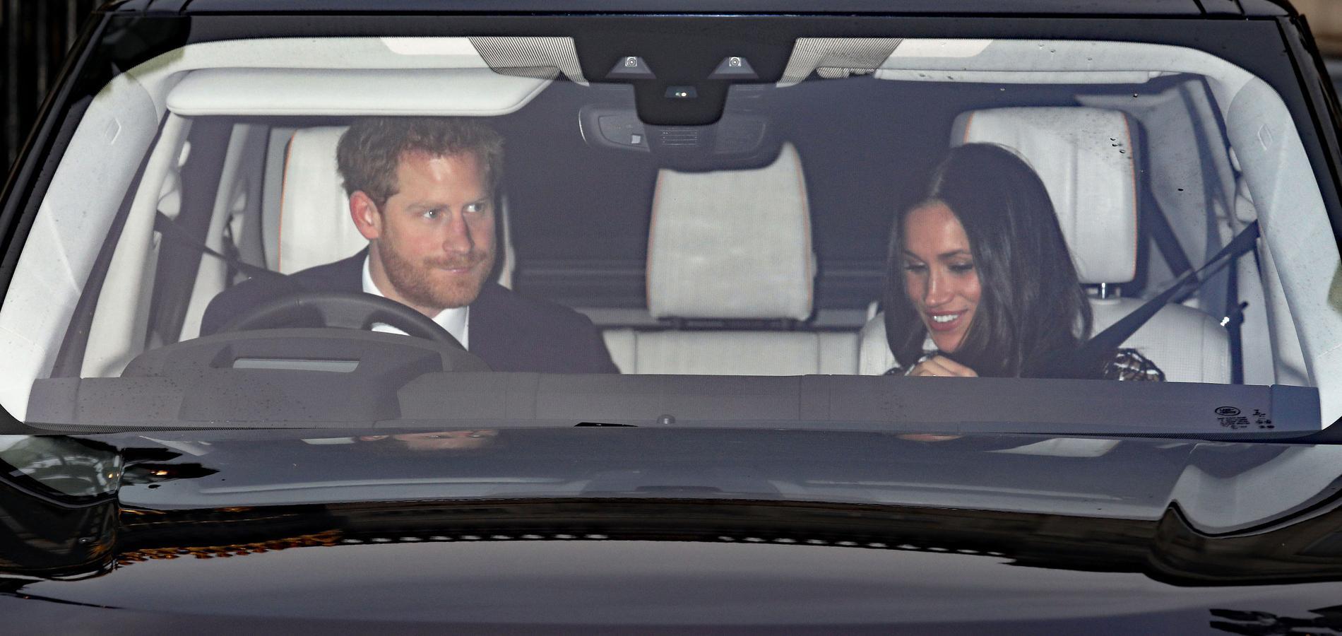 Le prince Harry et Meghan Markle arrivent au Christmas lunch de Buckingham Palace