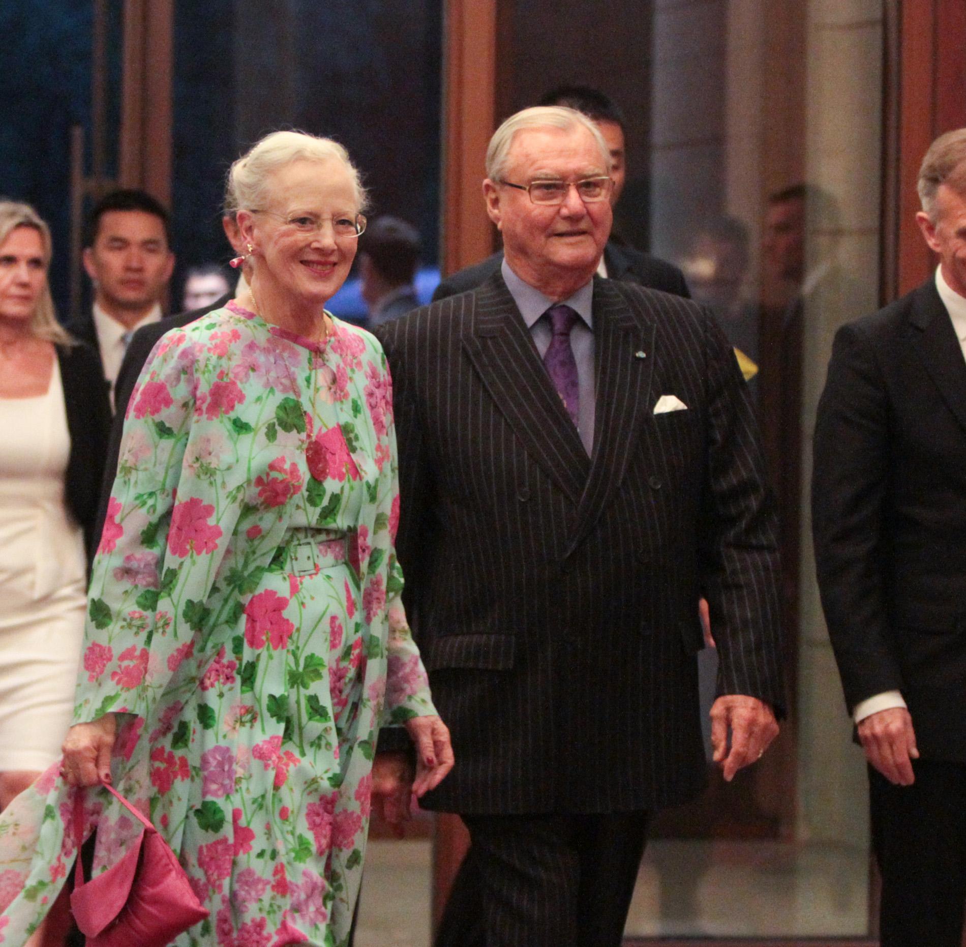 La reine Margrethe II du Danemark et le prince Henrik