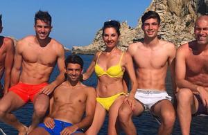 La photo des Zidane, leurs quatre enfants et leurs abdos à Ibiza