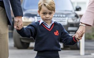 À quel nom de famille répond le prince George à l'école ?