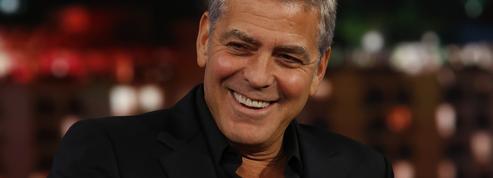 George Clooney offre 1 million de dollars à chacun de ses vieux copains