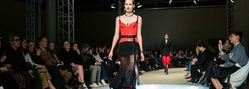 Fashion Week : la féminité métamorphosée chez Alexander McQueen