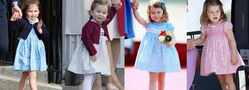 Petites fleurs, col Claudine, manches ballon... Le style modèle de Charlotte de Cambridge