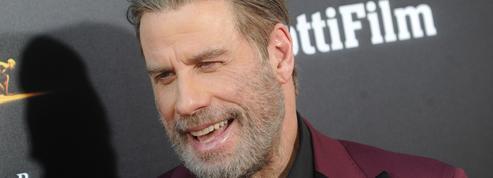 John Travolta refait son légendaire déhanché de