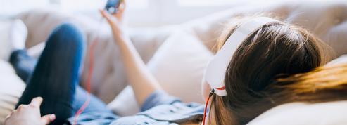 Les podcasts montent le son