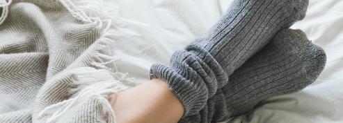 Dormir en chaussettes améliore-t-il la qualité du sommeil?