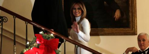 La robe blanche ultramoulante de Melania Trump au Bal du Congrès