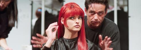 Céline Dion, Linda Evangelista, Jennifer Lopez... Les stars pleurent leur coiffeur Oribe