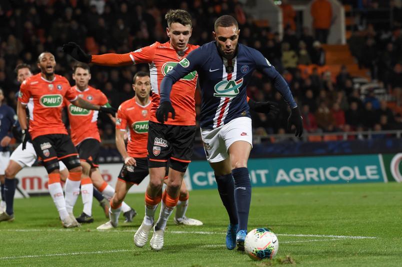 Poussif, le PSG se qualifie dans la douleur à Lorient