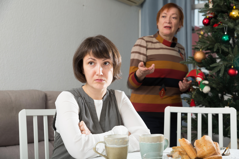 Bonnes manières #5 : comment désamorcer une dispute pendant les fêtes