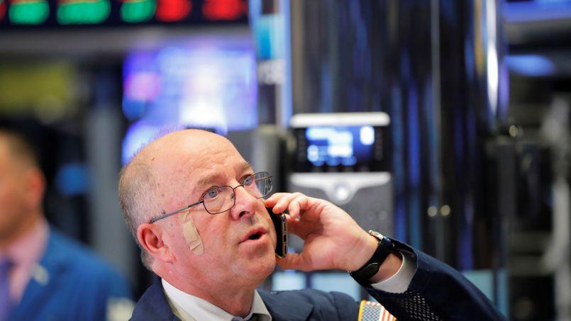 La Bourse de Paris fléchit, focalisée sur la guerre commerciale