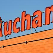 Auchan invoque la «négligence» pour avoir vendu en Pologne des sacs «banane» avec une croix gammée